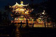 japan2012_slavo_20121107_p1010871200.jpg: 132k (2012-11-07 18:13)