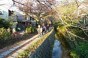japan2012_slavo_20121118_p1020442705.jpg: 290k (2012-11-18 16:54)