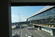 japan2012_slavo_20121120_p1020566806.jpg: 115k (2012-11-20 11:38)