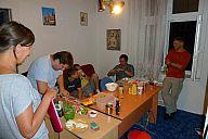 2013_08_21_cmss_zahradky_pripravy_p102069811.jpg: 132k (2013-08-21 20:09)