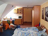 sps92_stretavka_2007_15r_dana_p5200085.jpg: 93k (2007-05-20 07:29)