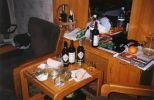Sobotný obed ... rybičky s vínom - skoro ako kaviár a šampanské