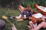 No nefoť to ! Rumcajzovský klobúk, topánky od blata ... ale s lahkostou a so šarmom dobíjame baterky červeným vínom